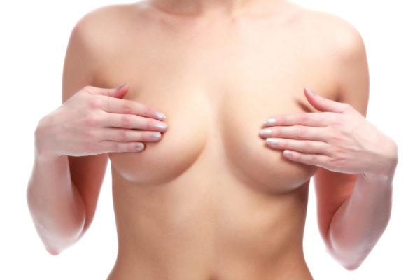 Brustwarzenkorrektur_Frontalansicht